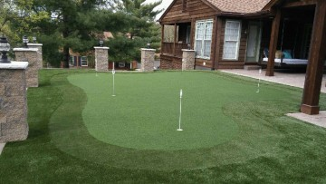 Synthetic Putting Green - Xtreme Green